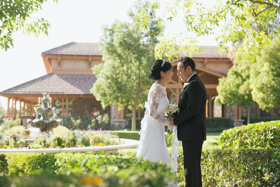 Esther obed wedding rancho cucamonga ca johnny for Wedding dresses rancho cucamonga