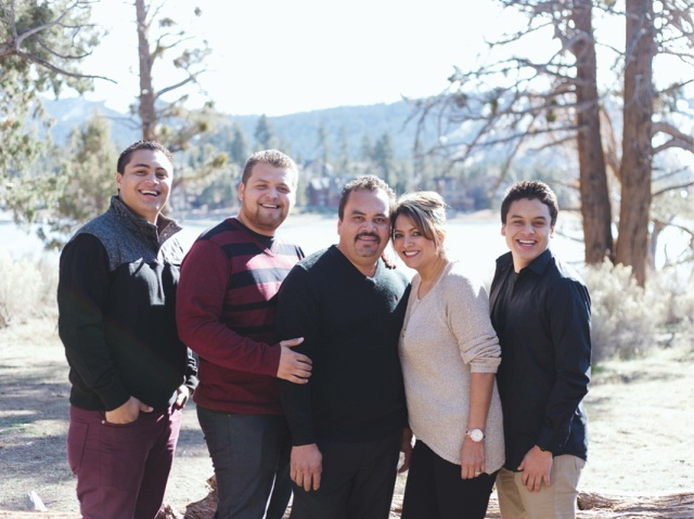 Meza_Family_2013_DEC_blog3