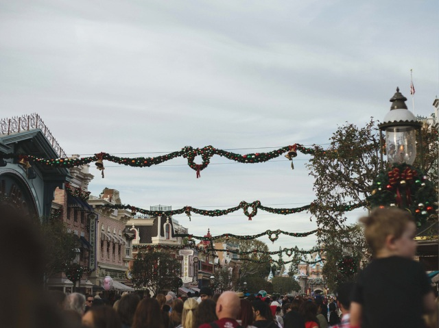 Disneyland_Christmas_blog10