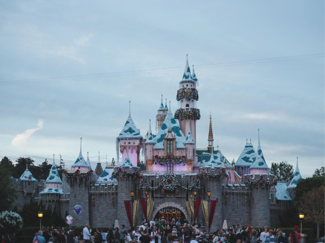 Disneyland_Christmas_blog11