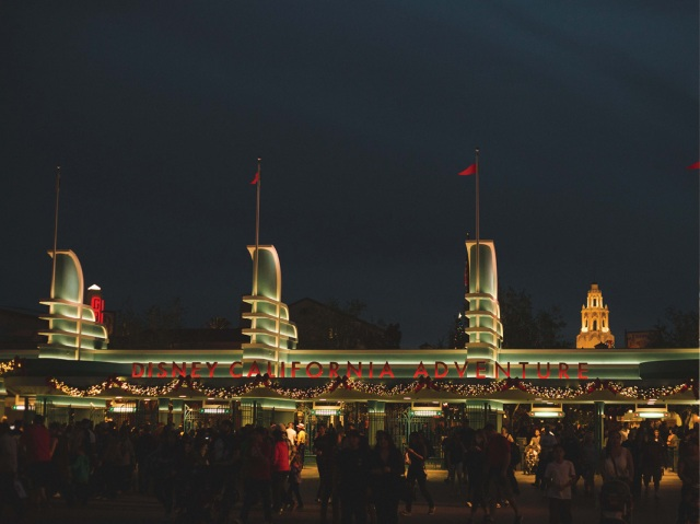 Disneyland_Christmas_blog16