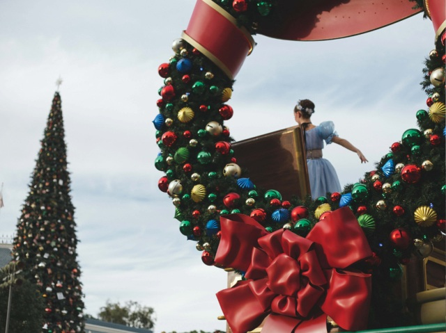 Disneyland_Christmas_blog2