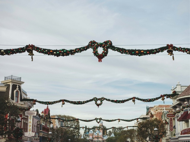 Disneyland_Christmas_blog25