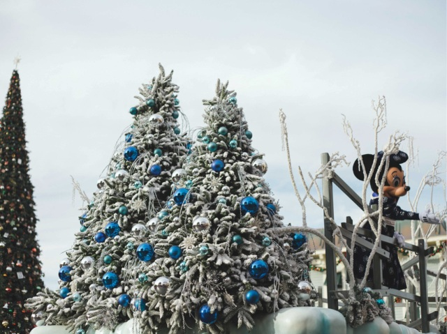 Disneyland_Christmas_blog4