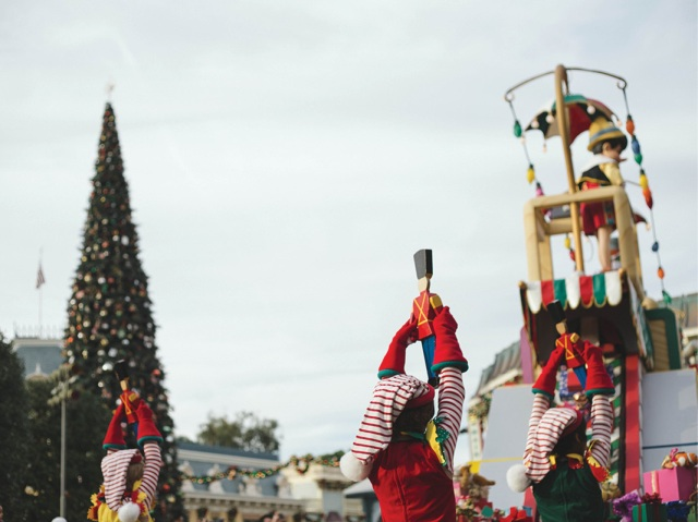 Disneyland_Christmas_blog7